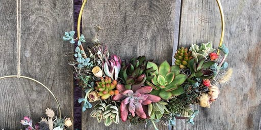 Holiday Succulent Wreath Class