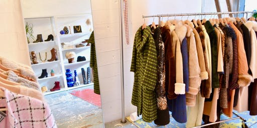 FIRST DIBS @ the WINTER collection/a seasonal vintage shop