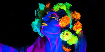 Colours Hoxton Host Neon Naked Life Drawing!