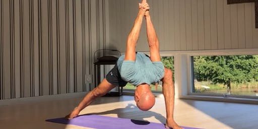 Rocket Vinyasa Yoga with Naofal Ouazzani