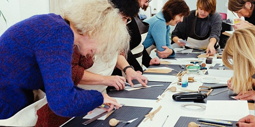 Leather Course - An initiation in leather working (Sat. 8/02)