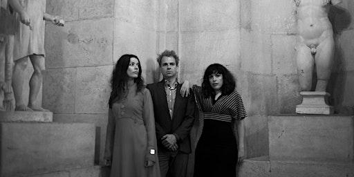 """Fario (presentando """"Tres Peces"""") + Monserrat en Ocho Y Medio Alicante"""