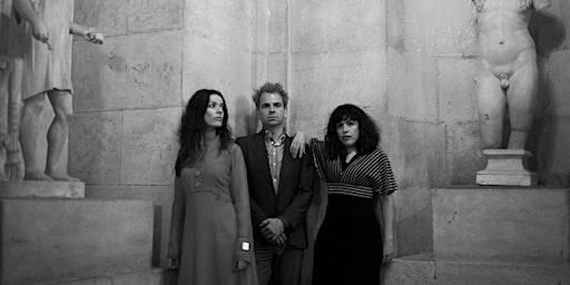 "Fario (presentando ""Tres Peces"") + Monserrat en Valencia"