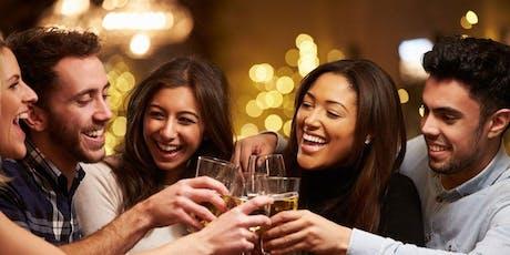 Meet like-minded ladies & gents! Mache neue Freunde! (25-45)(FREE Drink) ZU Tickets