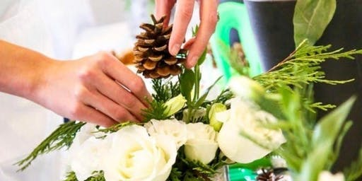 Luxury Holiday Centerpieces with Alice's Table