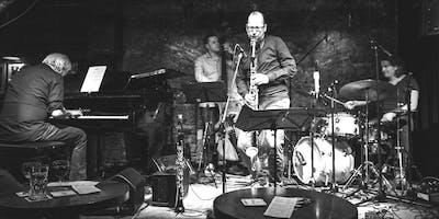 Konzertreihe JAZZ im KINO: Oliver Leicht Quartett