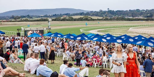A Morning at Phillip Stokes and Dalziel Racing Pakenham Cup Day Event