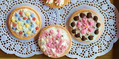 Biscuit Decorating with Tea tickets