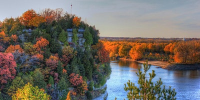 Starved Rock Fall Colors Guided Hike:  Option 1, Starved Rock .8 miles roundtrip