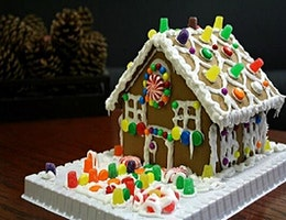 Family Gingerbread House Workshop