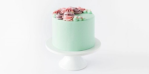 Wreath Cake Decorating | Saskatoon