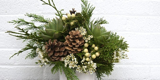 Excellent Holiday Arrangements at The Exeter Inn with Alice's Table