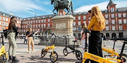 Madrid Parks & Highlights: eBike Guided Tour + Cable Car