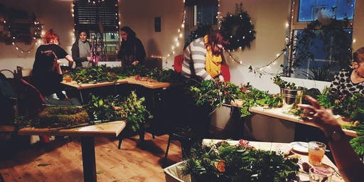 Foraged Festive Wreath Making with Cindy