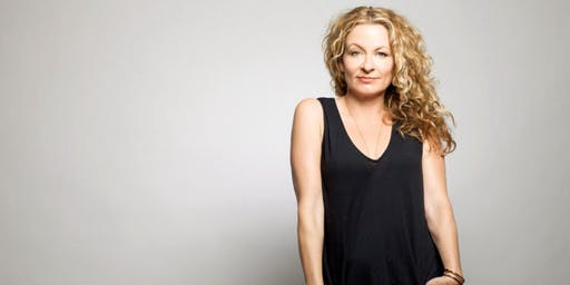 """Sarah Colonna LIVE from Netflix's """"Insatiable"""", Chelsea Lately and """"After Lately"""" at the Arlington Drafthouse"""