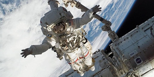 Astronaut Dr Linnehan speaks about adapting to challenges