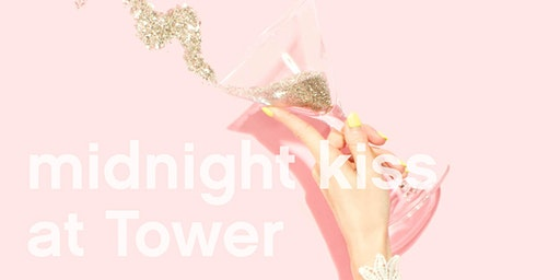New Year's Eve in London – Midnight Kiss at Tower