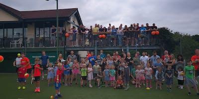 Tennis, Train & Town