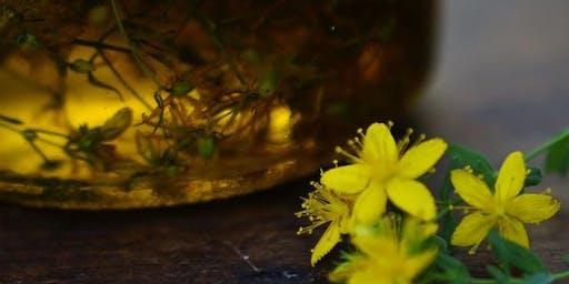 Confectionner huiles de massage et baumes médicinaux avec La Cueilleuse Sauvage