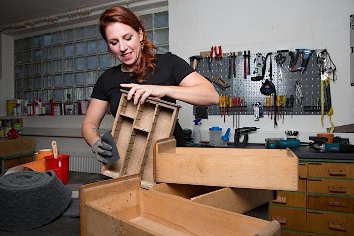 Dortmund: Möbelaufarbeitung – Modul 1: Oberflächen schleifen, beizen, ölen: Bild