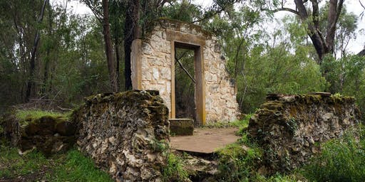 Women's Free Perth Hike // Ghost House Walk Trail