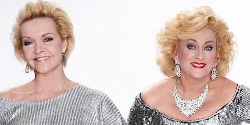 Karin Bloemen en Mariska van Kolck Dinnershow in Heiloo (Noord-Holland) 13-06-2020