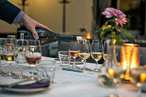 Klassisk champagneprovning Uppsala | Grand Hotell Hörnan Den 14 December