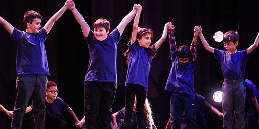 Approaches to teaching dance in primary schools with Matthew Bourne's New Adventures