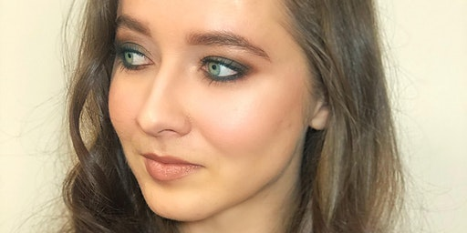 """Hands On Makeup Class """"Smokey Eye Makeup"""" For Yourself in English"""