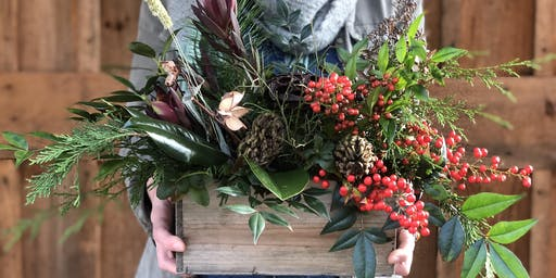 Holiday Centerpiece Design with Kelly Singer of Earthblooms