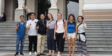 Free walking tour & Meeting up Travelers tickets