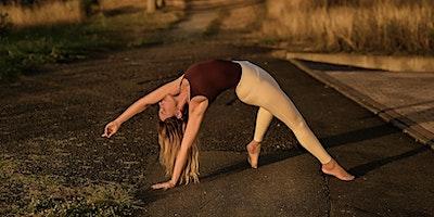 Inside Flow mit Janina (Yoga)