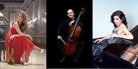 Trío: Patricia Arauzo, piano; Macarena Martínez, violín; Aldo Mata, cello entradas