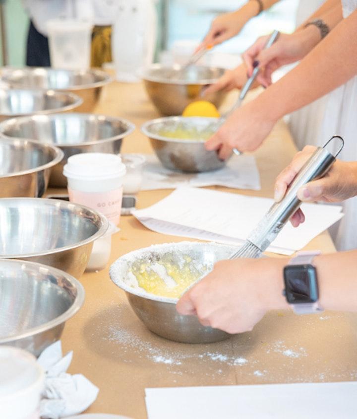 Holiday macarons Workshop image