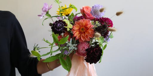 Create your own Hand Tied bouquet with Florette