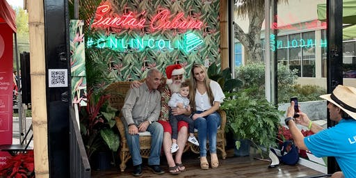 Pictures with Santa in #SantasCabana
