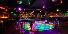 80's 90's Party @ Zembrano Soho, Welcome Drink, dj