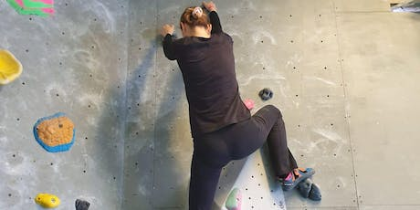 1 hr intro Lesson in Bouldering @ The Arch North Edgware - (Females Only) tickets