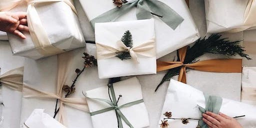 Fizz, Fashion and Festive Gift Wrapping!