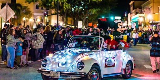 Kissimmee's Festival of Lights Parade and Holiday House