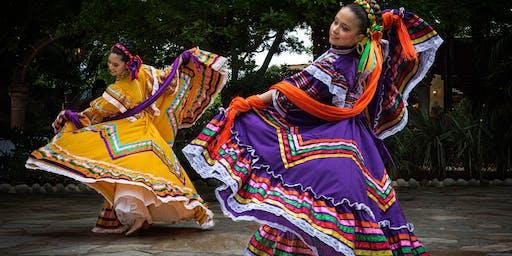 Fort Worth Foto Fest: Foto Folklorico! At Joe T. Garcia's!