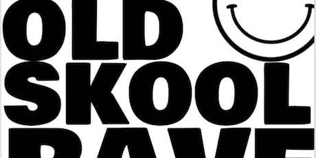 Mad Friday Old Skool Rave///MC Tunes///Hacienda tickets
