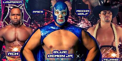 Lucha libre on New Years Eve