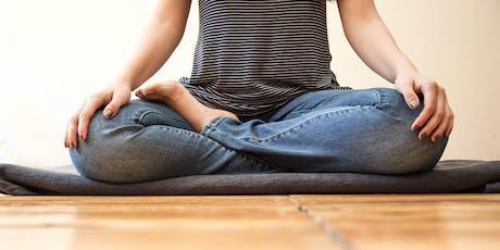 Innere Ruhe finden: Joy of Living 1 Meditations-Workshop mit Holger Yeshe Tickets
