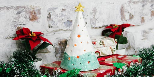 Clay  Workshop -  Christmas tree candle holder