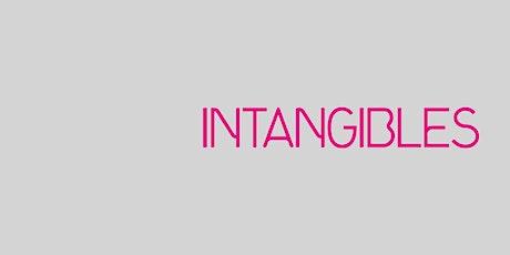 Visita familiar, exposición Intangibles- Adultos con niños. entradas