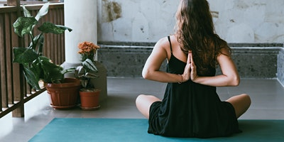 Halls and Wellbeing: Yoga