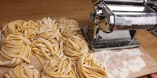 Cooking Class Milan / Art Of Making Italian Pasta