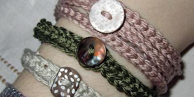 Beginners Crochet   Crocheting in Rows Button Up Bracelets