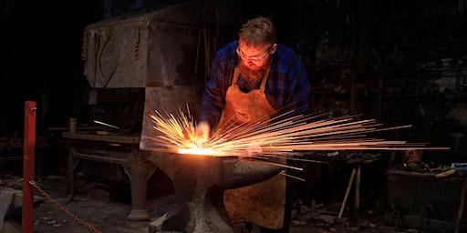 Cyflwyniad i Grefft y Gof - Introduction to Blacksmithing